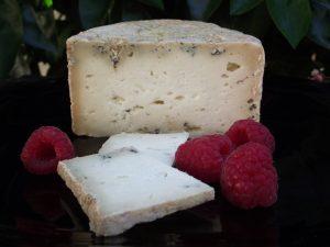 El_Cabriteru_queso_azul con frambuesa