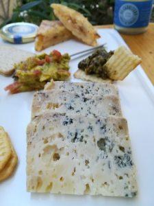 Cena mesa queso azul de El Cabriteru