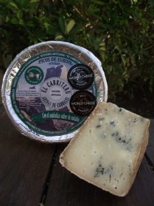 queso azul de mezcla premios internacional El Cabriteru