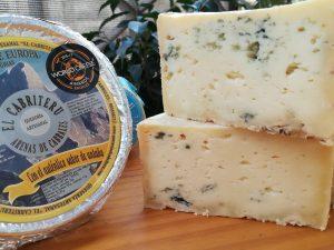 Queso azul puro leche cruda de oveja en Arenas de Cabrales