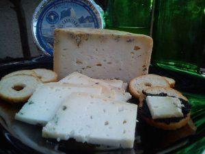 queso azul 100 % leche cruda de cabra El Cabriteru