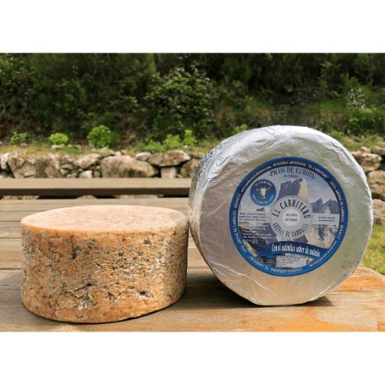queso azul de El Cabriteru etiqueta azul leche cruda de cabra 100 %