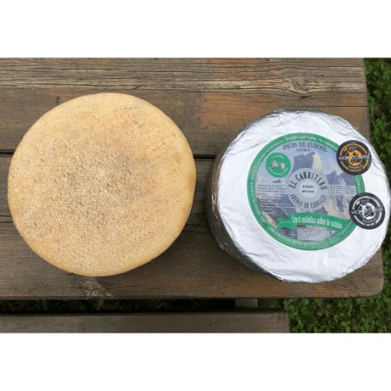 queso azul de El Cabriteru mezcla de oveja y cabra corteza superior