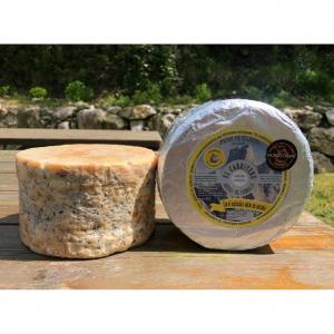 queso azul de El Cabriteru etiqueta amarilla leche cruda de oveja 100 %