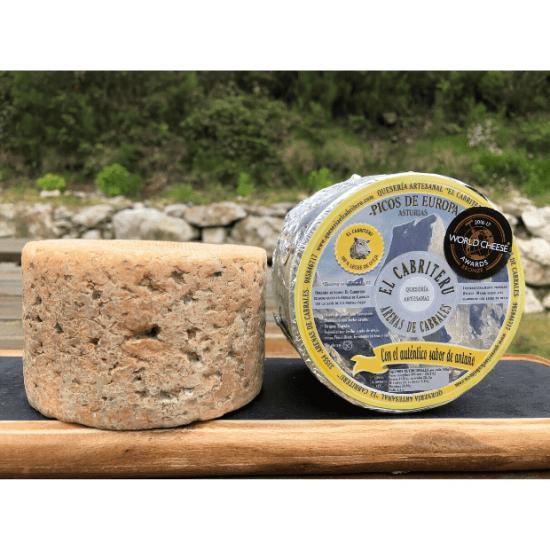 corteza natural del queso azul de El Cabriteru leche pura de oveja