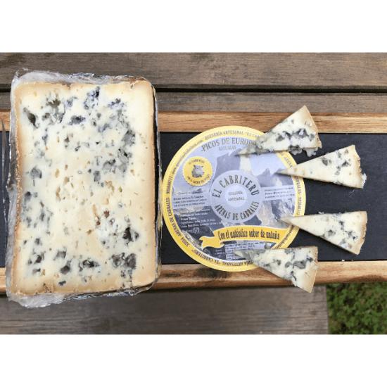 cuñas del queso azul de El Cabriteru leche pura de oveja