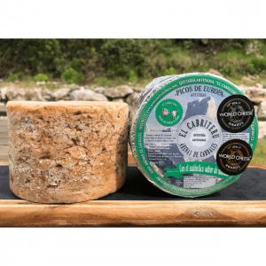 corteza del queso azul de mezcla de leche de oveja y cabra de El Cabriteru