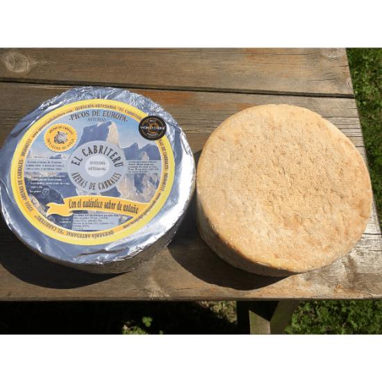 queso azul leche cruda de oveja de El Cabriteru tamaño grande