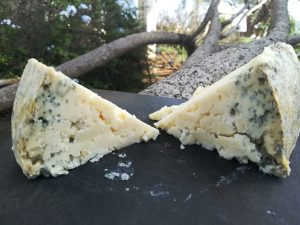 queso azul de autor en Arenas de Cabrales